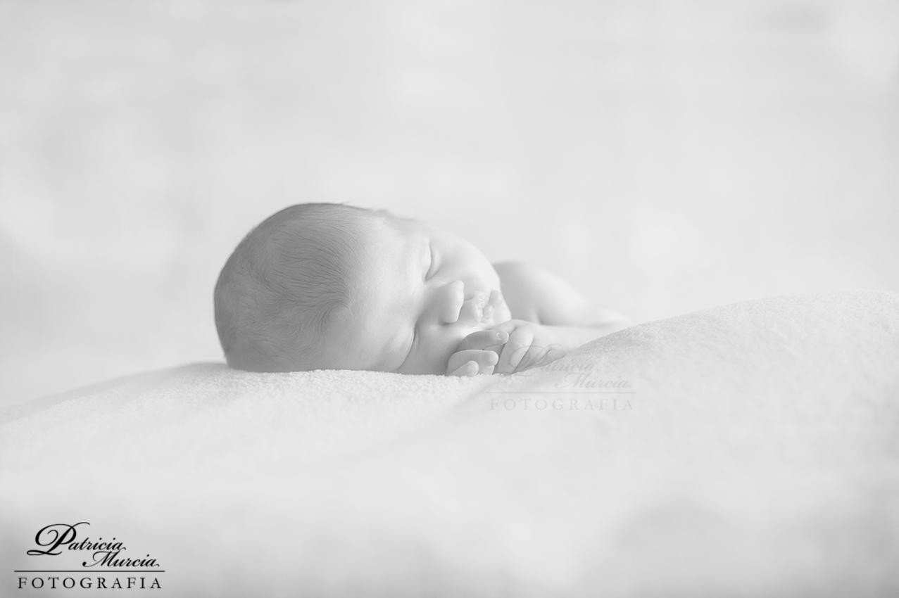 Reportaje de recién nacido, fotos de bebés, reportaje de bebés Patricia Murcia Fotografia